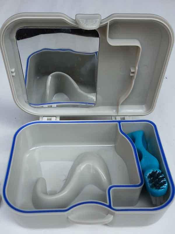 denture-case